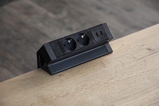 Powerdock 2 x 230V + USB zwart